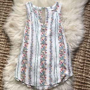 Old Navy floral cut out blouse tank size medium
